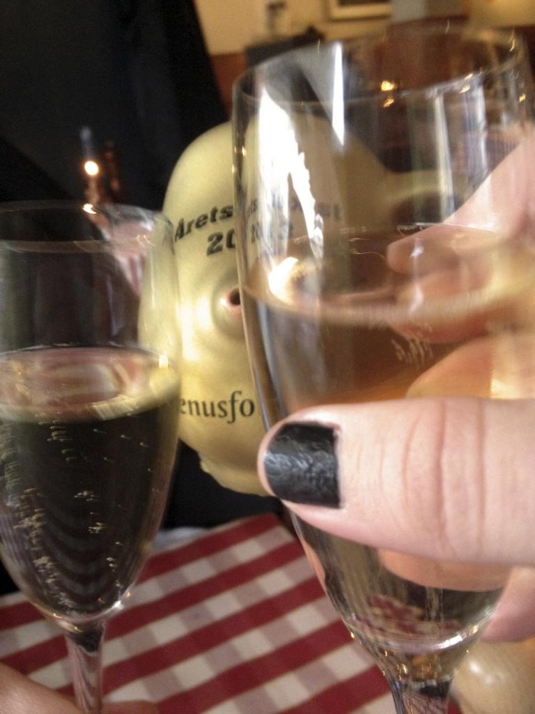 cheers muggis